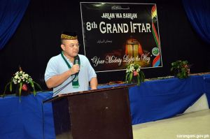 Governor Solon joins Grand Iftar
