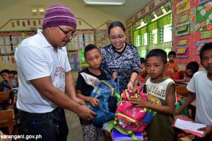 Poor pupils recycle school supplies