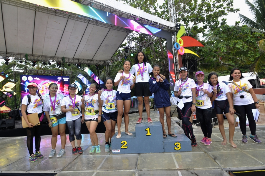 Neon Run female champ