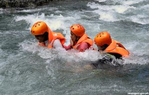 River crossing frightens AMARACA racers