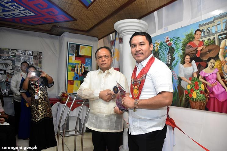 NBI honors Congressman Pacquiao
