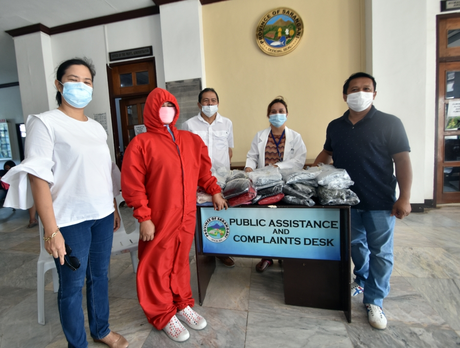 Sarangani receives coverall suits for health workers