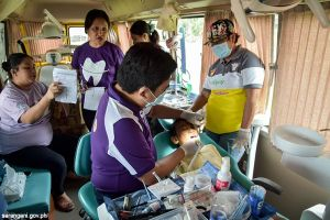 Dental bus goes to Kiamba
