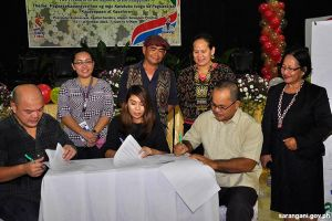 Sarangani receives Technocart and School-in-a-Bag