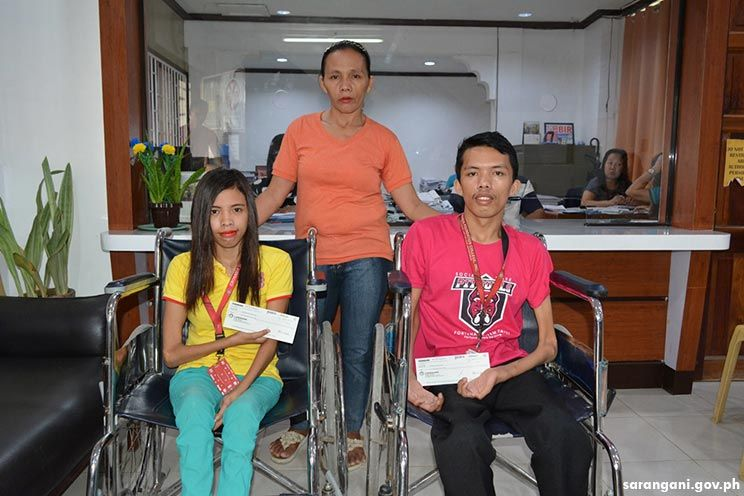 PWDs get educational aid from government