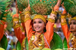 Malalag wins street dancing contest