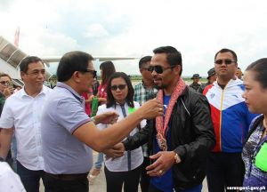 SarGen officials welcome home boxing icon