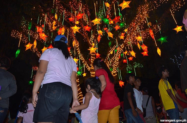 Maitum launches light-a-tree contest