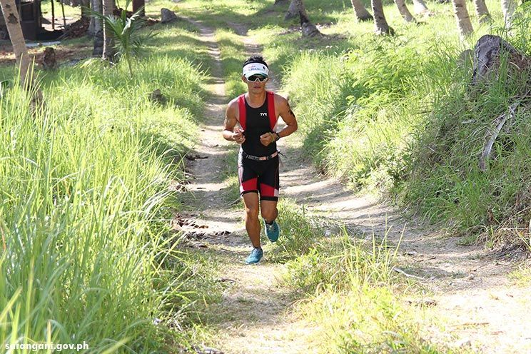Triathlete from Digos