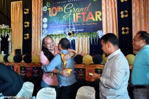 Gov. Solon thanks Grand Iftar guests