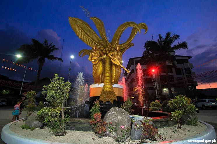 Kublai Millan builds peace monuments in Glan