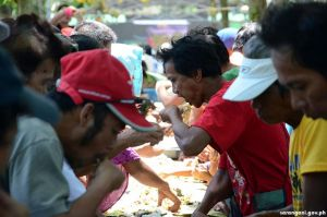Farmers offer boodle fight