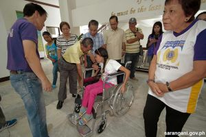 Jollibee, Lions Club donate wheelchair