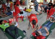 Philippine Red Cross gathers blood