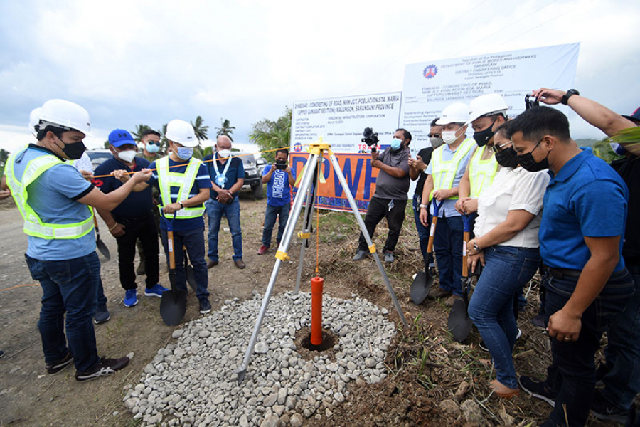 Malungon Poblacion-Sta. Maria, Davao Occidental road concreting breaks ground