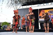 Kids perform at Munato Festival