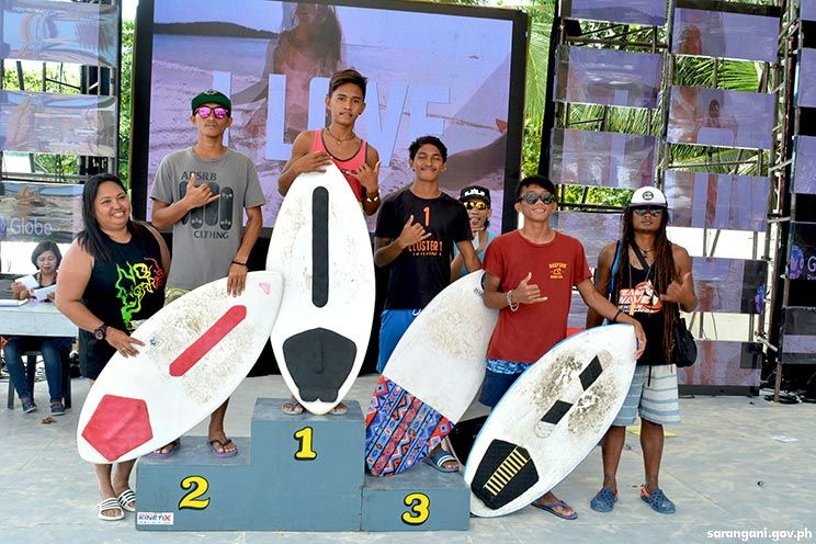 Experts rule Sarbay Skimboarding Competition